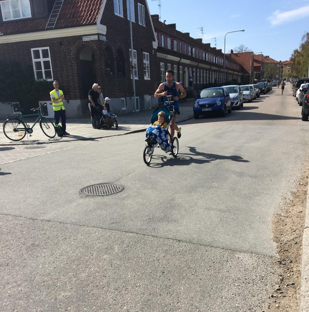 På väg ner mot kilometer 7! Foto: Sannam Hjertstrand